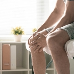 knee replacement timing